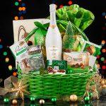 Crăciunul – cel mai potrivit moment al anului pentru a dărui coșuri cadou